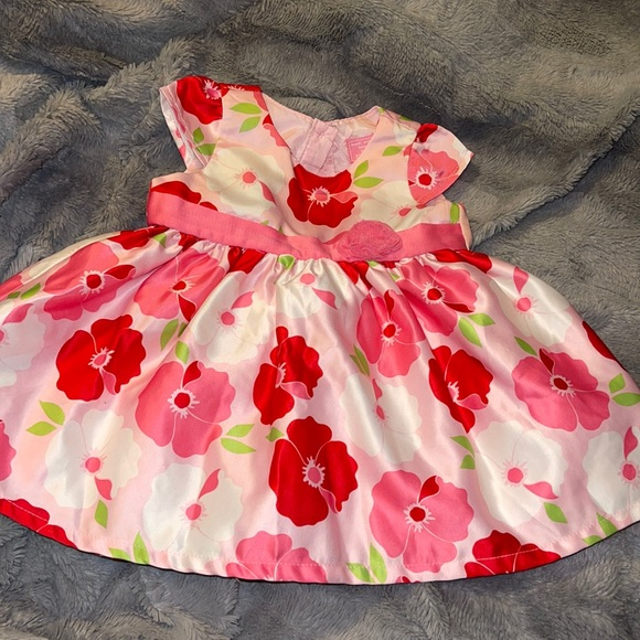 The children's Place Sleeveless Pink Floral Dress Size 9-12 Months